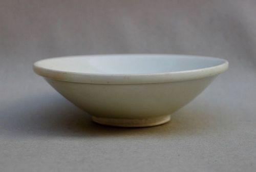 Tang Dynasty Xingyao White Glazed Bowl