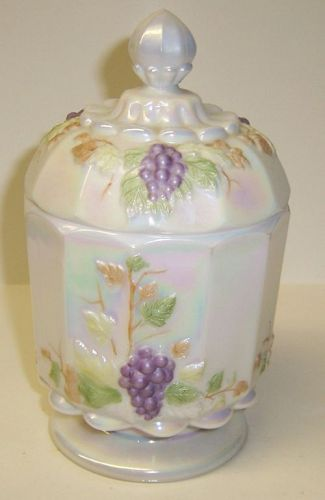 Westmoreland PASTEL Mother of Pearl PANELED GRAPE Sugar Bowl w/Lid