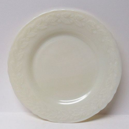 McKee French Ivory LAUREL 9 Inch DINNER PLATE