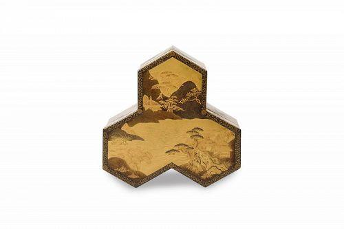 Rock Shape Gold Lacquer Kobako