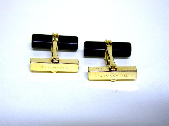 Tiffany & Co. 14k Gold And Onyx Barrel  Cufflinks