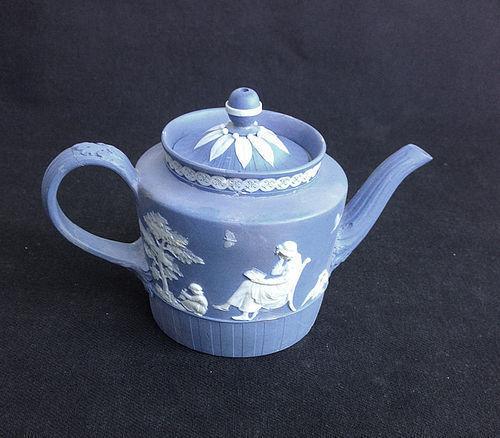 Wedgwood or Turner 18th century jasper toy teapot