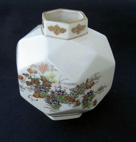 Satsuma geometric vase, Meiji