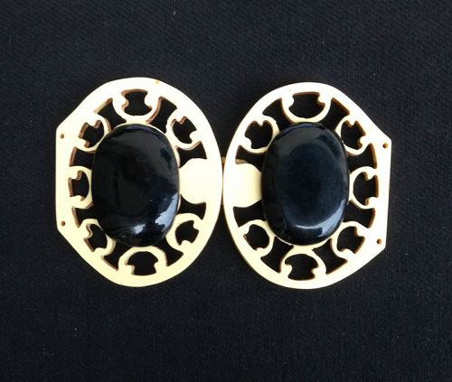 Jugendstil / Art Nouveau black and white bakelite belt buckle
