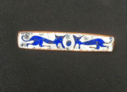 Perli Germany style whimsical 1960s cats pin, enamel on copper