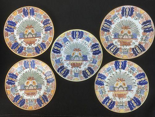Delft Peacock wall plates, marks for De Klauw