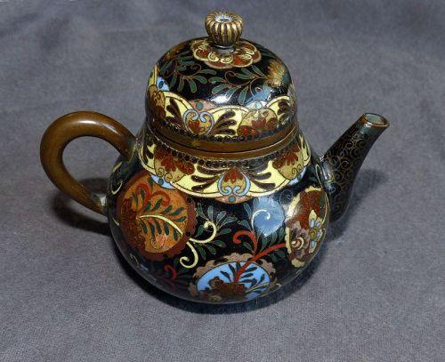 Fine Japanese Cloisonne Enamel Teapot - Early Namikawa or Shibata?