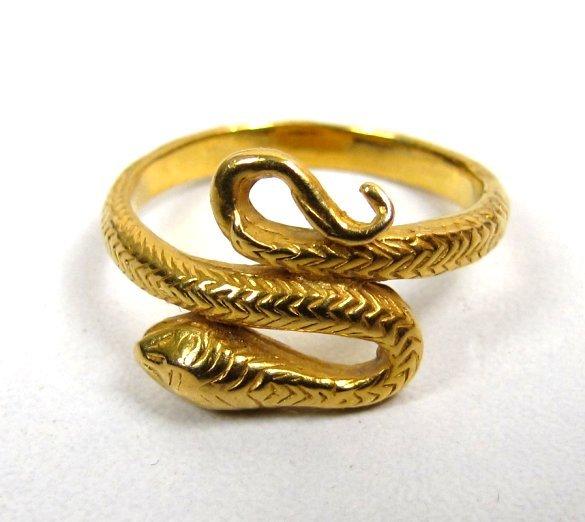 Beautiful Antique 18K Gold Snake Ring