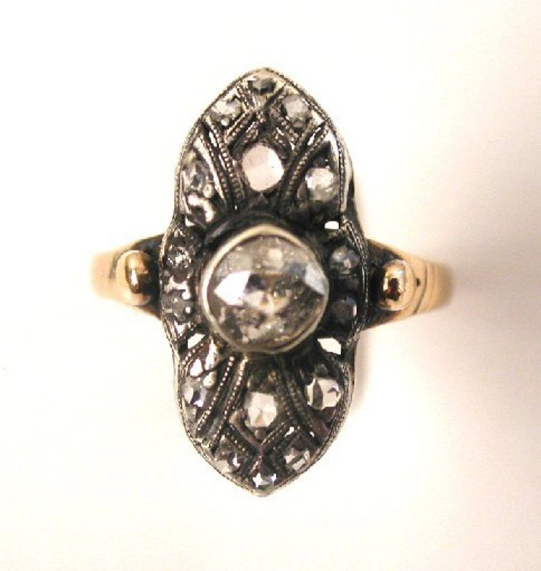 Elegant Victorian Diamond Ring, ca 1885