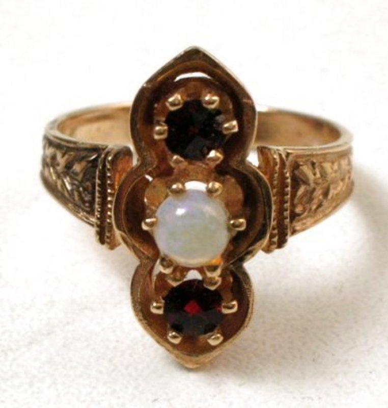 Victorian 14K Gold, Garnet and Opal Ring