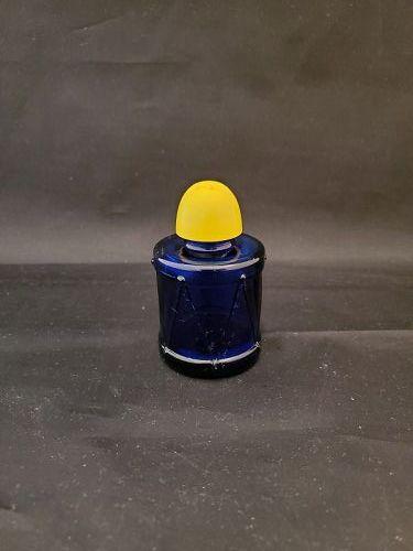 Hazel Atlas Ritz Blue Drum Shaker  with yellow top
