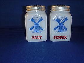 Hazel Atlas Windmill Salt and Pepper set