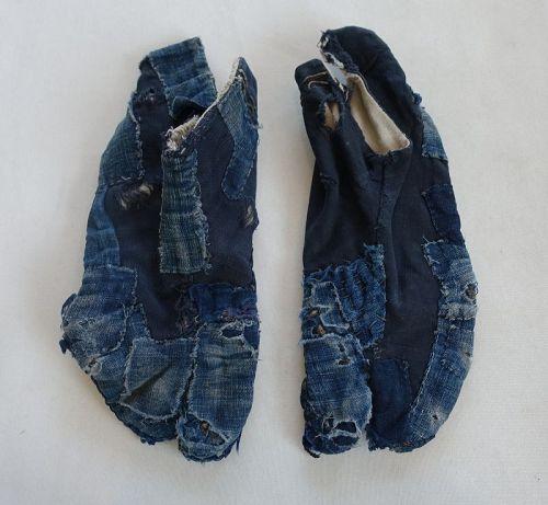 Japanese Vintage Textile Boro Tabi Made of Indigo Dye Cotton