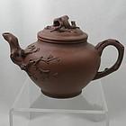 Very Nice Chinese Zisha Yixing Clay Teapot Signed