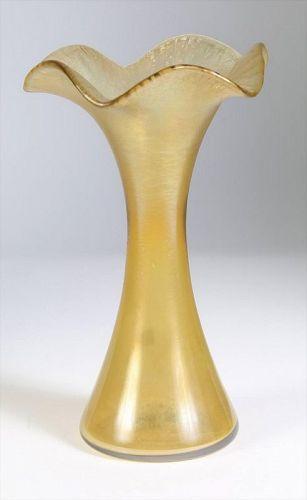 Tiffany Favrile Art Nouveau Iridescent Yellow Glass Vase