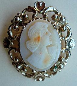 Beautiful Vintage Cameo Pin Distinct Carving Hallmarked