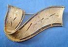 Vintage Gold Tone Bow Brooch Signed JJ - Wonderful Design