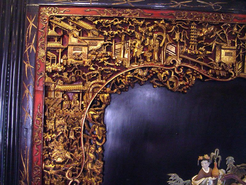 Large Chinese Quanyin Lacquer Panel Screen  - 19th Century