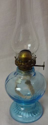 "Handy Blue Miniature Oil Lamp 4.5"" & Chimney"