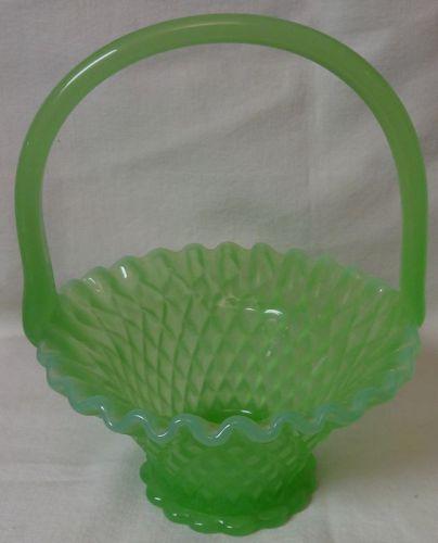 """Basket Jadeite 7"""" Opalescent"""