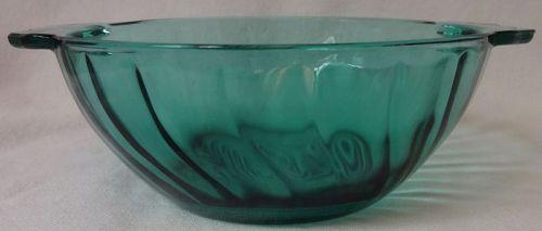 """Swirl Ultramarine Lug Soup 5"""" Jeannette Glass Company"""