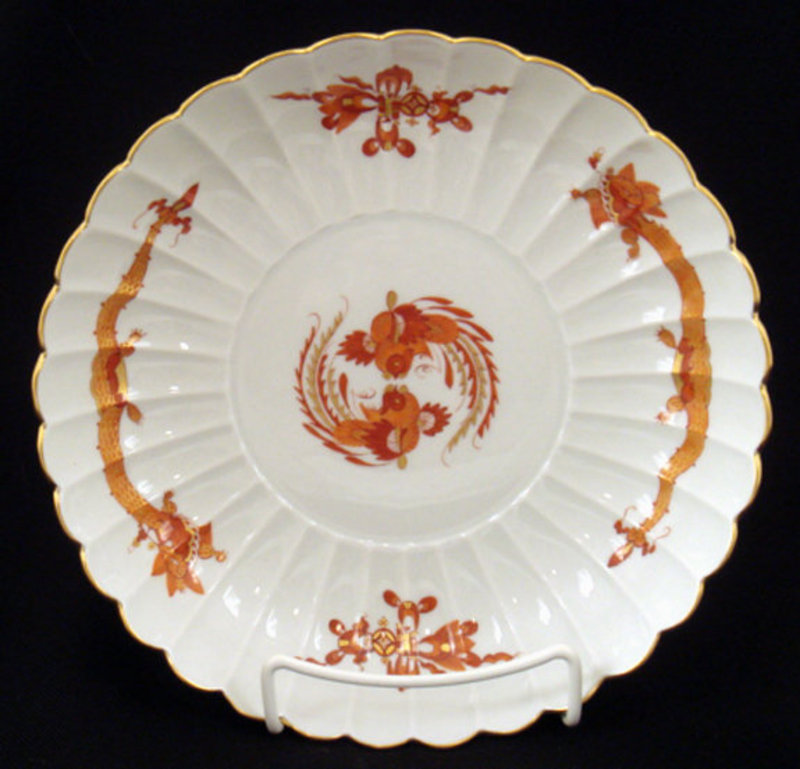 Meissen Red Dragon Scalloped Dish/Bowl
