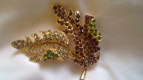 Avon Kenneth Jay Lane Leaf Pin