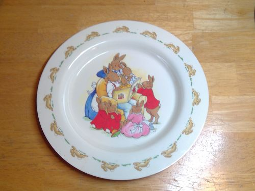 Royal Doulton Bunnykins Reading Plate
