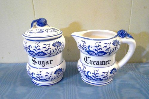 Blue Onion Sugar and Creamer