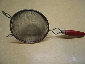 Red Handle Strainer