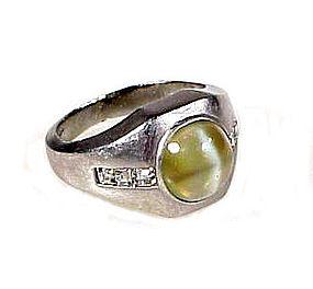 Art Deco Platinum, Cat�s-Eye Chrysoberyl & Diamond Ring