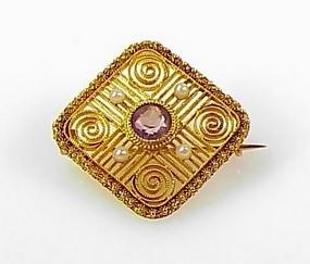 Victorian 18K Gold, Amethyst & Pearl Filigree Brooch
