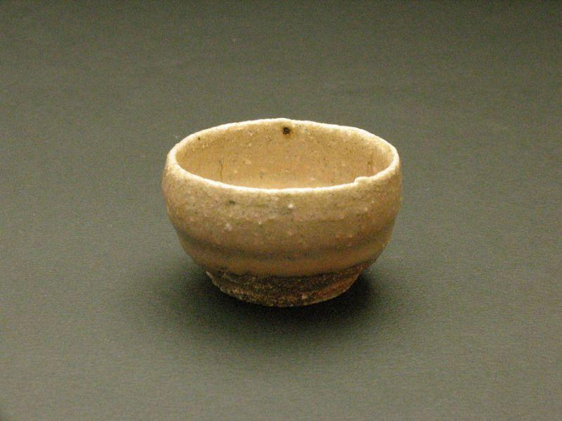 Madara Karatsu sake cup by Dohei Fujinoki the popular artist  KARATSU