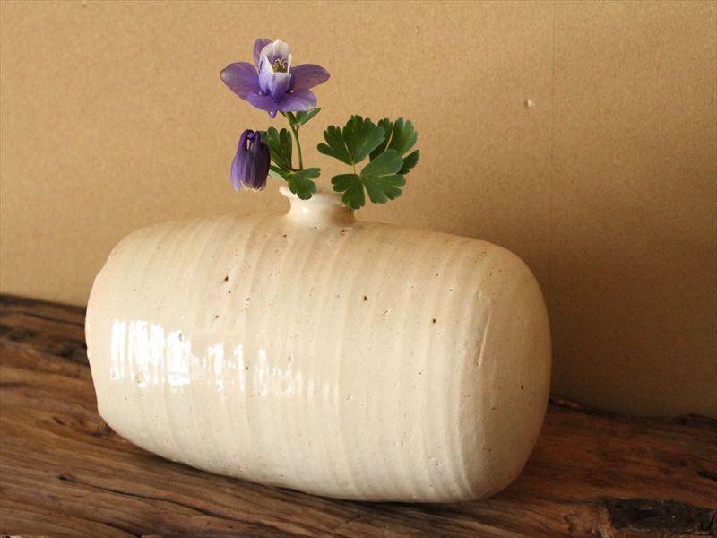 15th century Joseon White porcelain rice-bag shaped bottle(Vase)