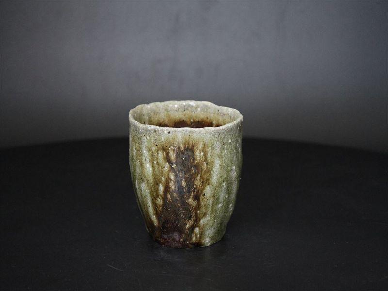 Karatsu ashes covered Japanese style tea cup by Dohei Fujinoki