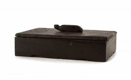 Fine, Rare Inkstone Box with Tortoise-Form Handle and Deep, Dark Grain