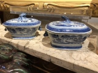 Pair of Chinese Canton Export Individual Covered Miniture  Terrines