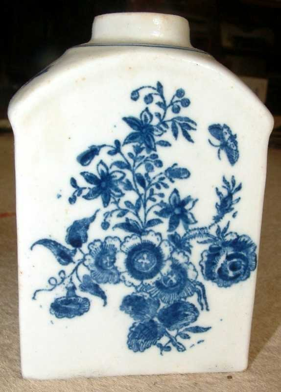 Lovely Lowestoft Tea Caddy (Canister); c 1775