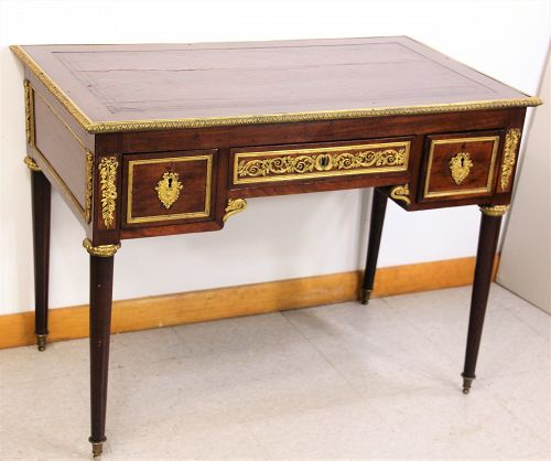 French Louise XVI style Gilt Dore Bronze, Ormolu mounted large Desk