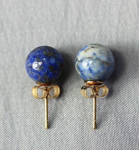 Pr. Chinese natural Lapis Lazuli Earrings, 14K gold mounting