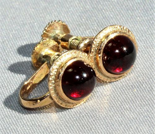 Pr. Natural Garnet & 14K gold Earrings, 1960's Vingate