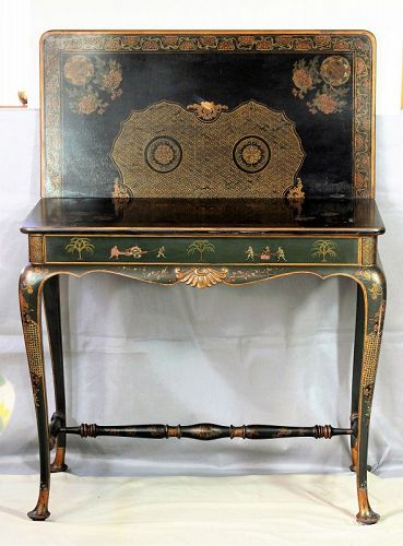 English Queen Anne style Chinosiere Flat top Card Table
