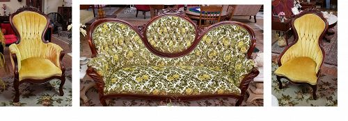 Kimball Victorian Reproductions 1977 Sofa and Two Chairs