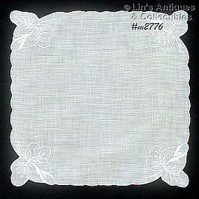 WEDDING HANDKERCHIEF WITH EMBROIDERED ROSEBUDS