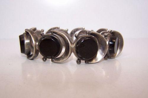Antonio Pineda Vintage Mexican Silver Onyx Cylinder Cut Bracelet