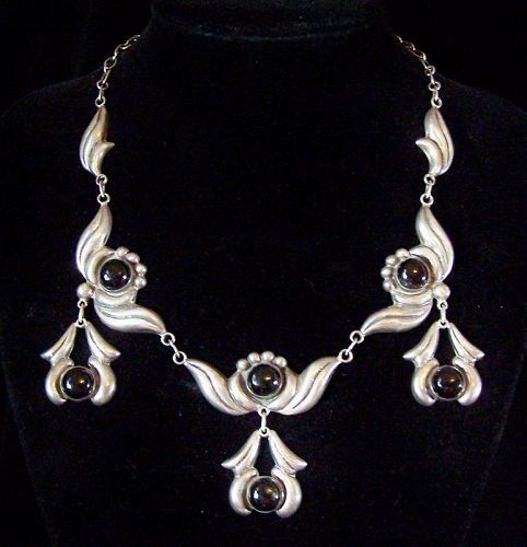 Black Stone Vintage Mexican Silver Necklace With Drops