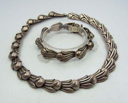 Los Castillo 468 Vintage Mexican Silver Necklace Bracelet Set