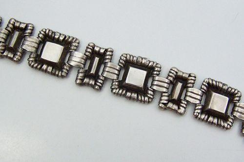 Spratling Vintage Mexican Silver  Crowned Pyramid Bracelet