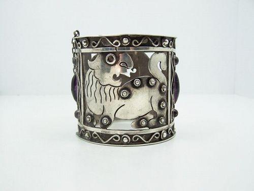 Abraham Paz Eagle 22  Lion Bracelet with Amethyst
