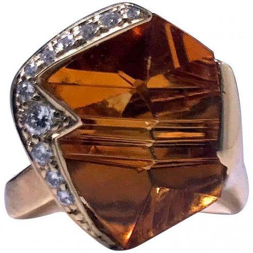 18K Diamond and Citrine Ring